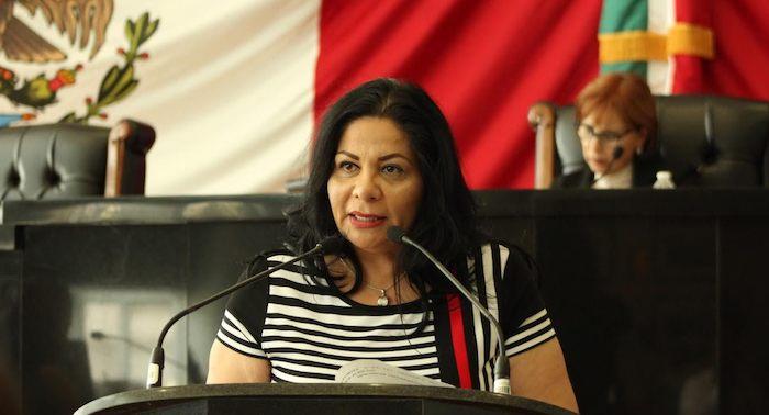 Karina vela zquez en congreso