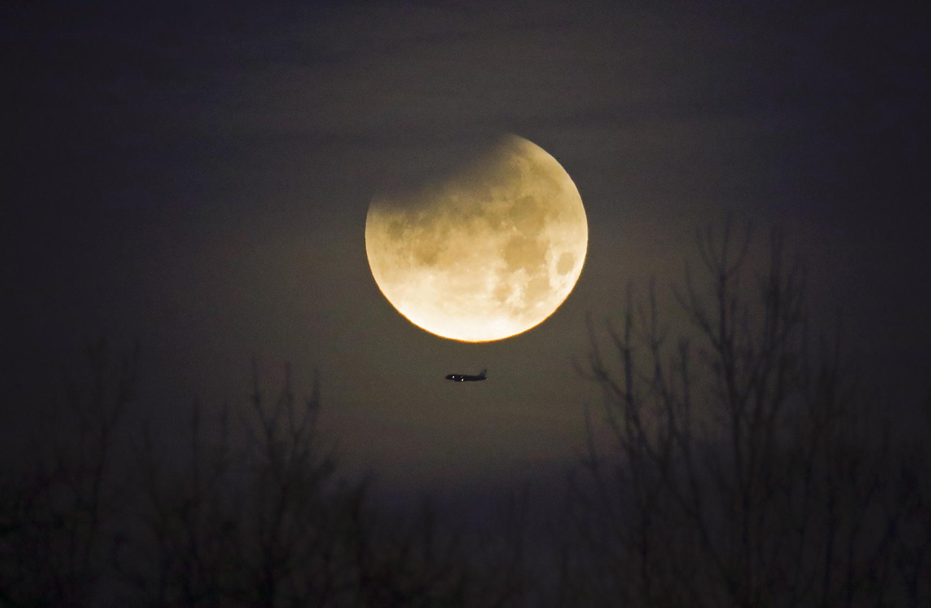 Eclipse super luna 3