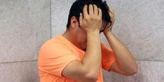 Relacionada hombre esquizofrenia depresion
