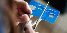 Relacionada credit card cut 2 650x360 1024x768