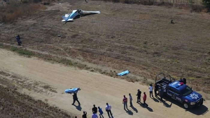 Se desploma avioneta que despegó de Parral