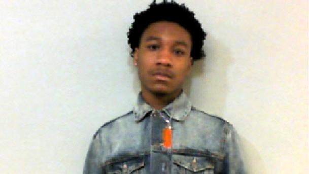Talladega escuela joven arrestado