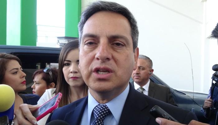 Corral va contra la PGR por caso Alejandro Gutiérrez