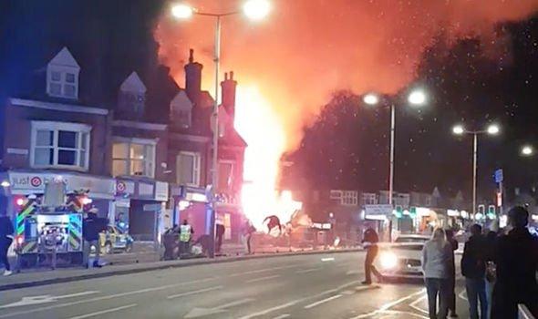 Reportan una 'gran explosión' en la ciudad británica de Leicester