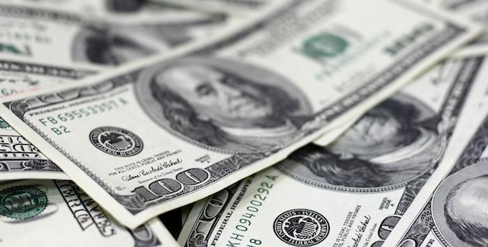 El dólar libre se vende en 19.28 pesos