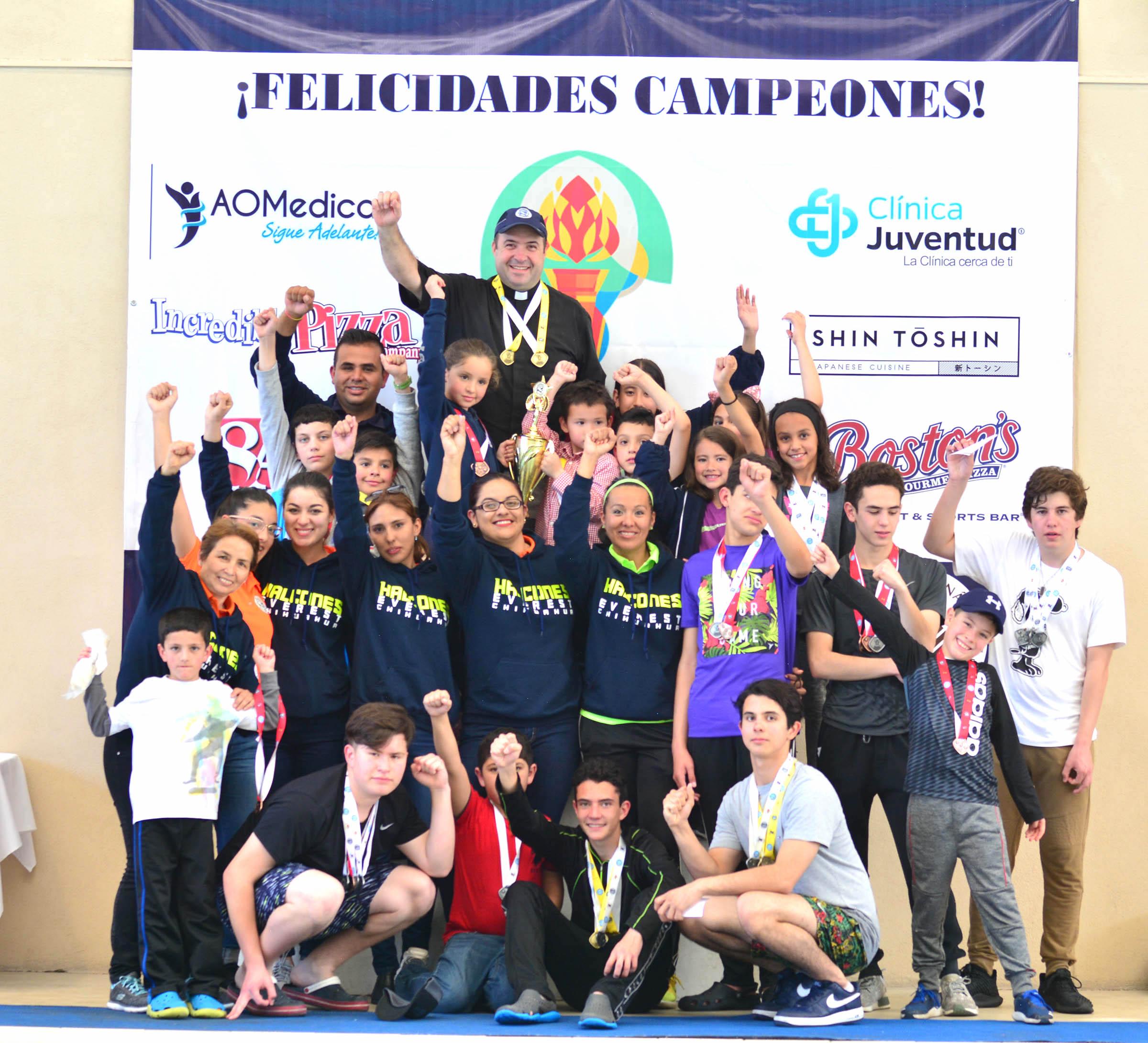 Copa everest campeones en natacion