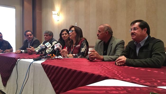 Lanzan campaña para elegir qué hacer con Los Pinos si gana AMLO