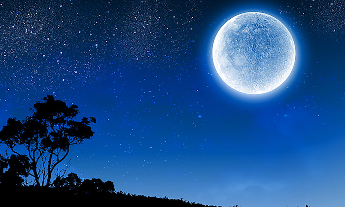Hoy habr luna azul la pr xima ser para el 2020 for Cuarto creciente zaragoza