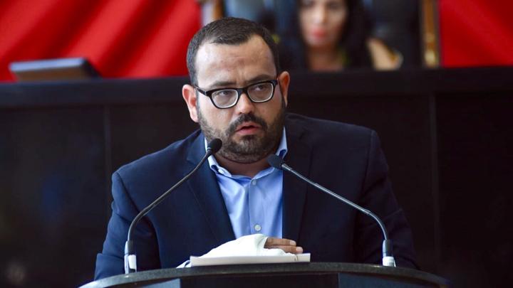PRI exige a Javier Corral no interferir en elección