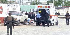 Relacionada ambulancia en carlos castillo