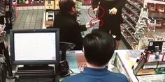 Relacionada policia le apunta por robo mentos dinero