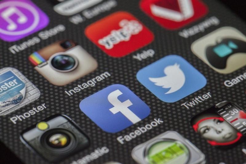 Google y Facebook no estarían respetando leyes del GDPR — Arriesgan multas millonarias