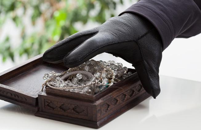Fotoliarobo de joyas en los seguros de hogar