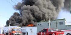 Relacionada incendio distribuidora de autopartes. 1