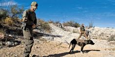 Relacionada miembros de la patrulla fronterizadsierto arizona