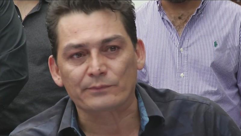 José Manuel Figueroa se cae del caballo y muestra sus heridas