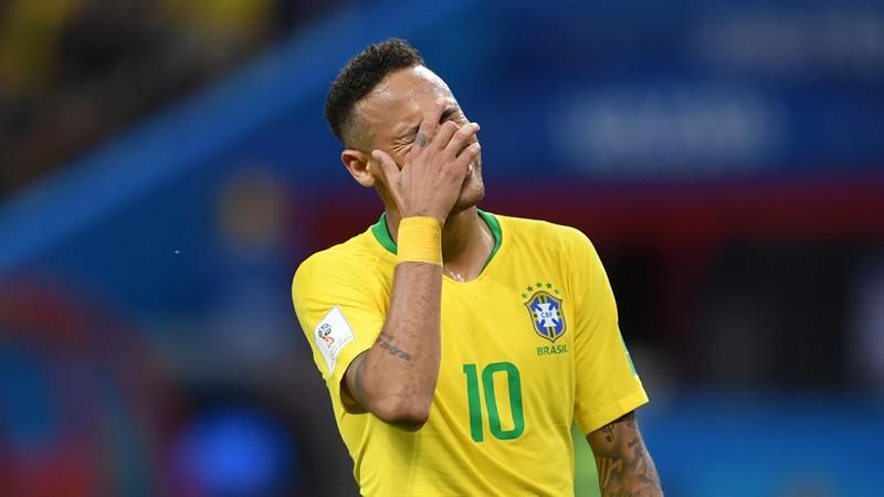 Padre de Neymar insultó a una periodista en Brasil por supuesta fiesta