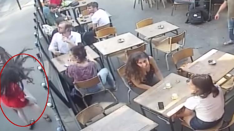 Acosador golpea mujer