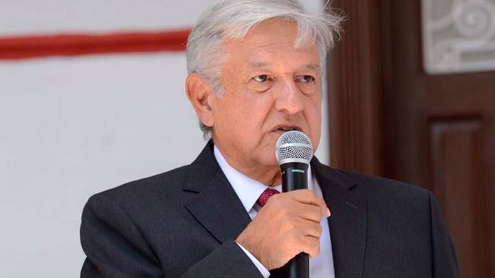 López Obrador pide ayuda gratis a ingenieros para el NAIM
