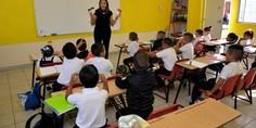 Relacionada maestros escuelas