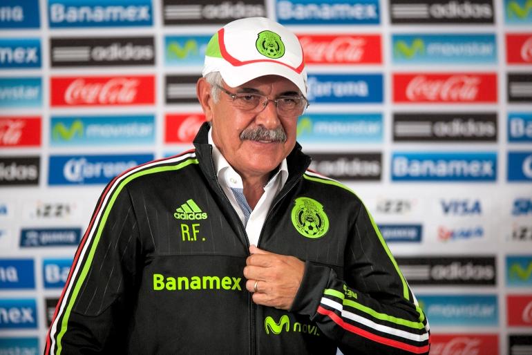 Ricardo Ferreti dejará a cargo a Miguel Mejía Barón en Tigres