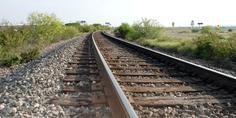 Relacionada vias tren