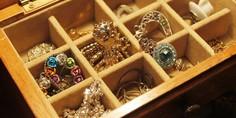 Relacionada joyas