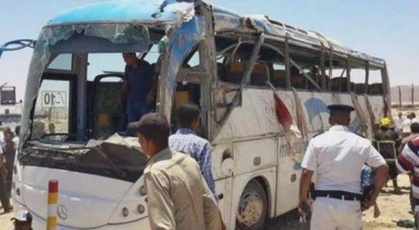 Ataque contra autobús de cristianos deja 7 muertos en Egipto