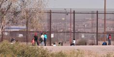 Relacionada migrantes muro