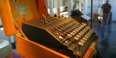 Relacionada cuanto tardaria un ordenador actual en romper el codigo enigma de los nazis
