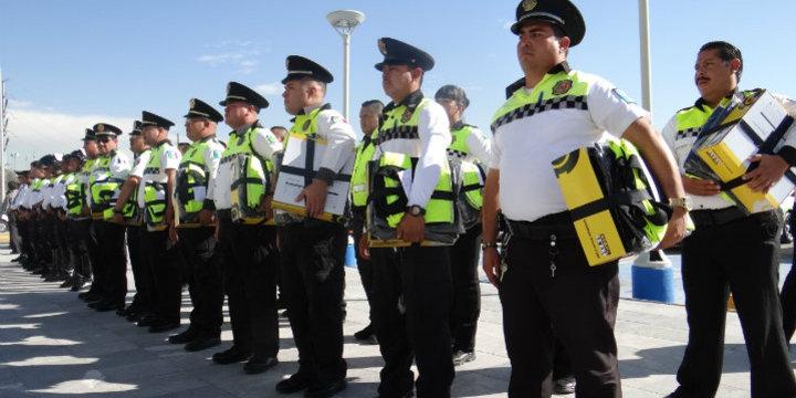 Galeria entrega uniformes dgtm8