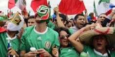 Relacionada mexicanos felices
