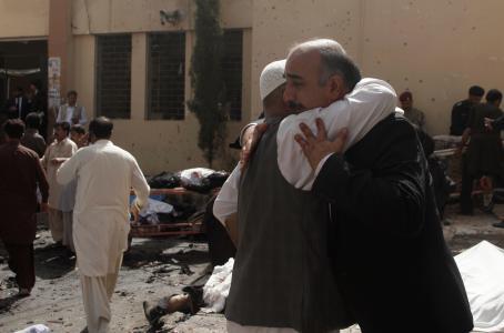 Ataque suicida en pakist n deja 63 muertos tiempo - Tiempo en pakistan ...