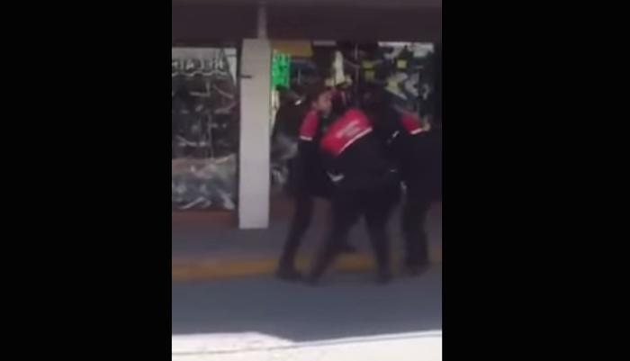 Captan pelea de policías en Nicolás Romero