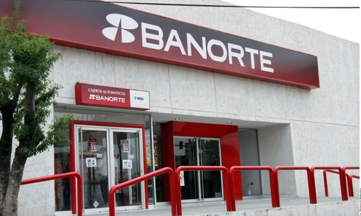 Retirar dinero del banco use programa aguinaldo seguro - Imagenes de bancos para sentarse ...