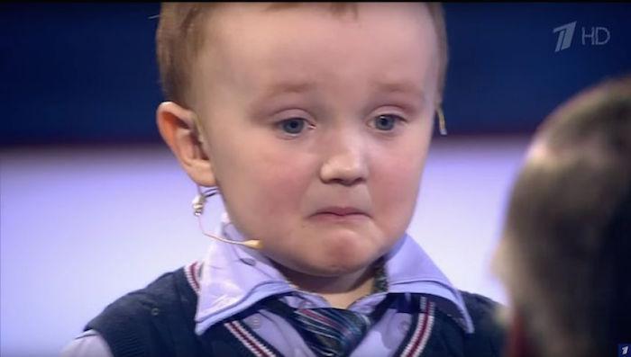 Vídeo: Mira reacción de pequeño jugador ruso de ajedrez al perder