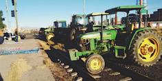 Relacionada toma tractores vias