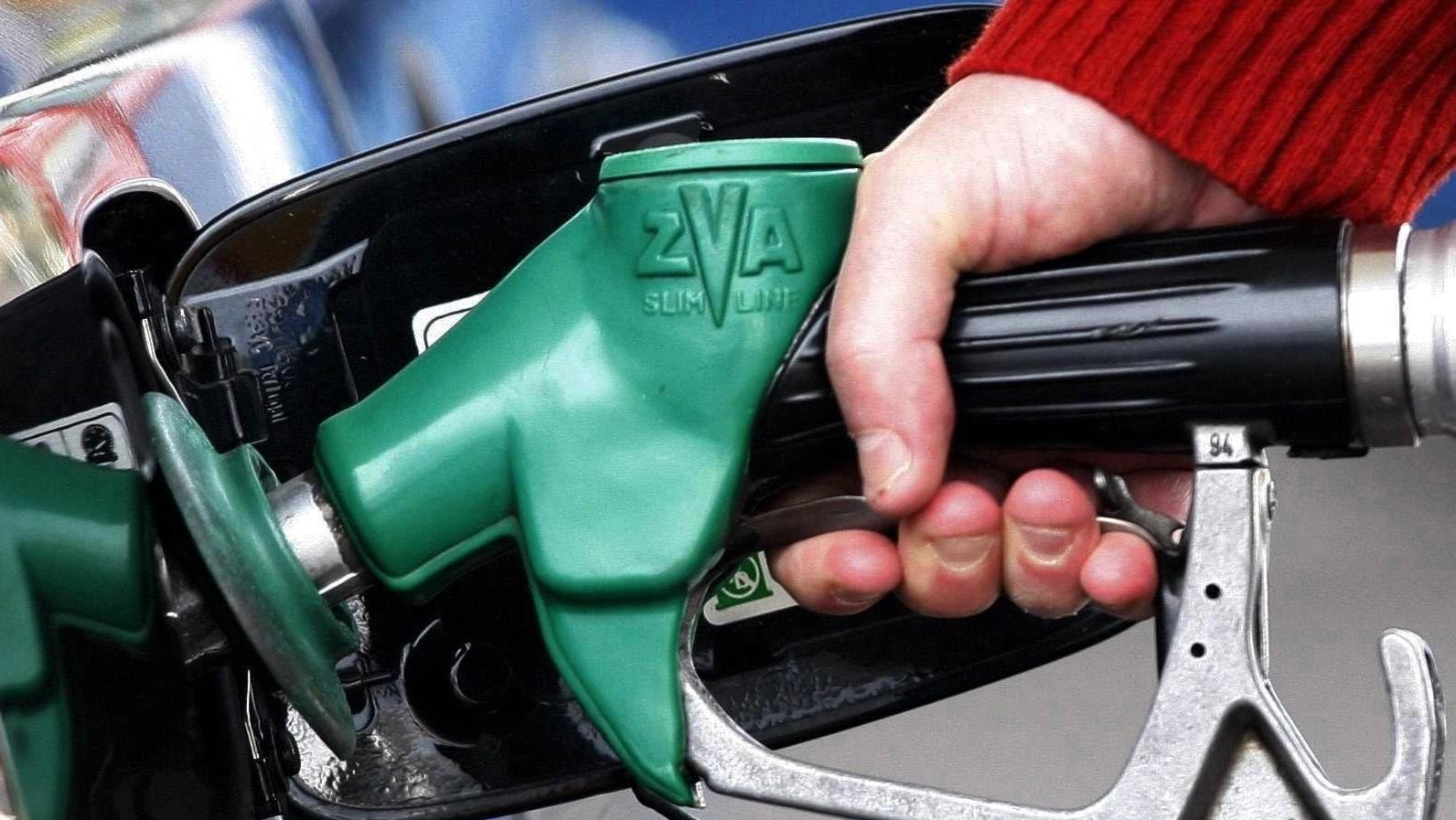 El coste de la gasolina por el borde de Krasnodar