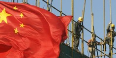Relacionada china flag construction building workers