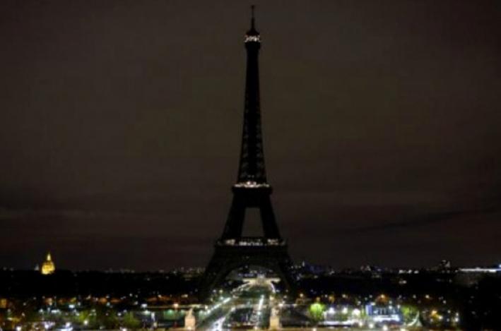 Apagan luces de la torre eiffel por ataque en quebec tiempo for El tiempo en paris en enero 2017