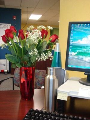 Que el 15 de las mujeres se env an flores a s mismas en for Oficinas de interjet