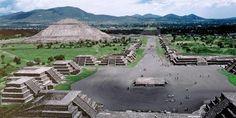 Relacionada plaza piramide luna teotihuacan 02