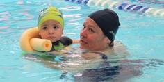 Relacionada natacion maternal
