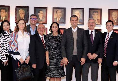 Ochoa enrique con diputados